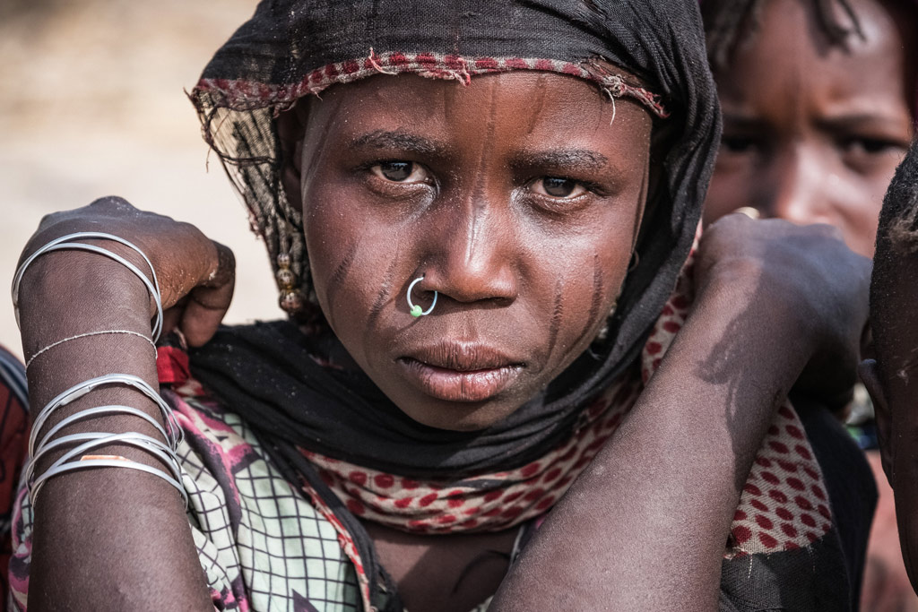 A girl displaced with her family by Boko Haram insurgents from their home on an island in Lake Chad, in Melea village, Lake Region, Chad. Photo: UNICEF/Sokhin