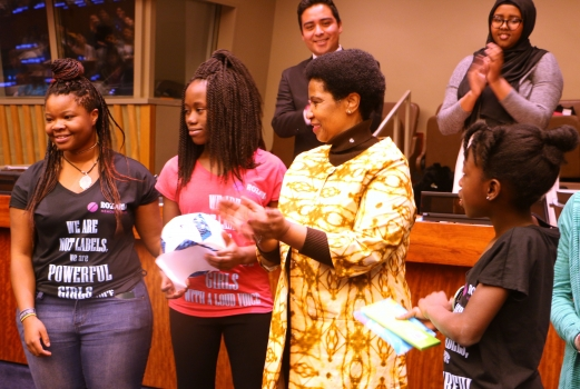 Rozaria Memorial Girls present a football to Phumzile Phumzile Mlambo-Ngcuka, Executive Director of UN Women, at YCSW61 @Photo: Eleni Mourdoukoutas