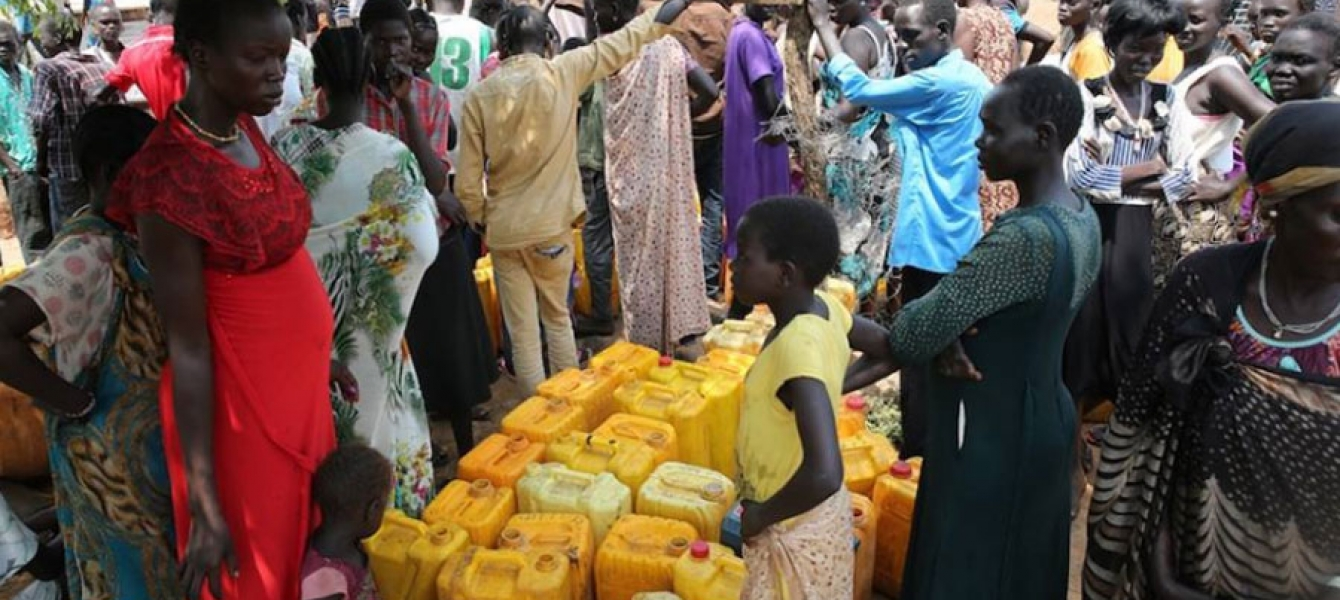 On 14 July 2016, UNICEF using eight tankers, delivered 100,000 litres of water to IDPs in Juba, South Sudan. Photo: UNICEF South Sudan      51  Print  14 July 2016 – The United N