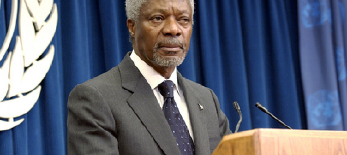 Secretary-General Kofi Annan answers journalists' questions on his proposals to reform the UN, presented to the General Assembly on 16 July.