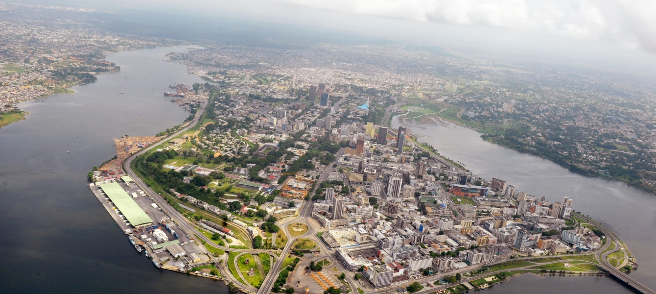 Aerial view of the district of Plateau in Abidjan, Côte d'Ivoire. Photo: UN Photo/Basile Zoma