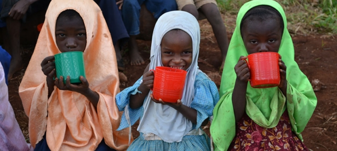 A global report has found that the most successful school feeding programs are community led and involve parents. Photo: Charlotte Broyd Peel, Imperial College London Partnership for Child Development.