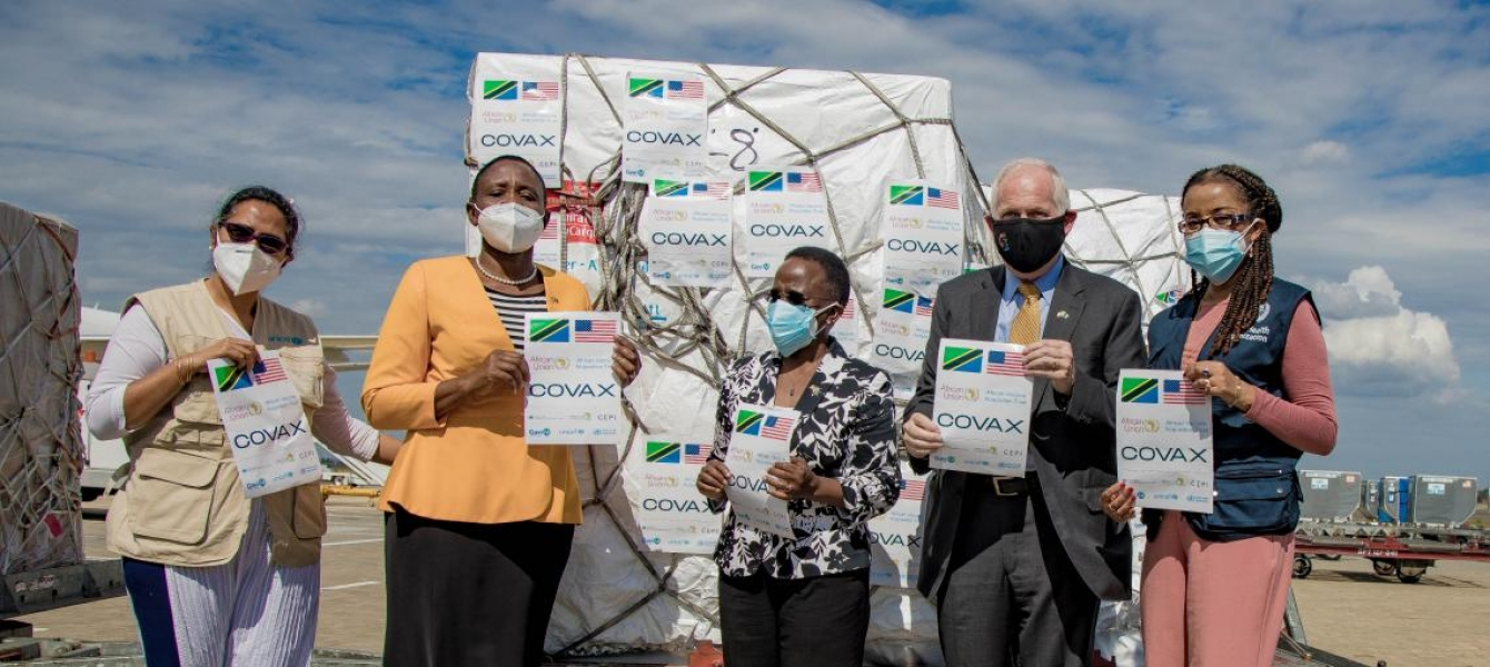 Minister for Health, Dr. Dorothy Gwajima, together with the Minister for Foreign Affairs, Liberata Mulamula,  US Ambassador Donald Wright,  and WHO & UNICEF Representatives at the airport