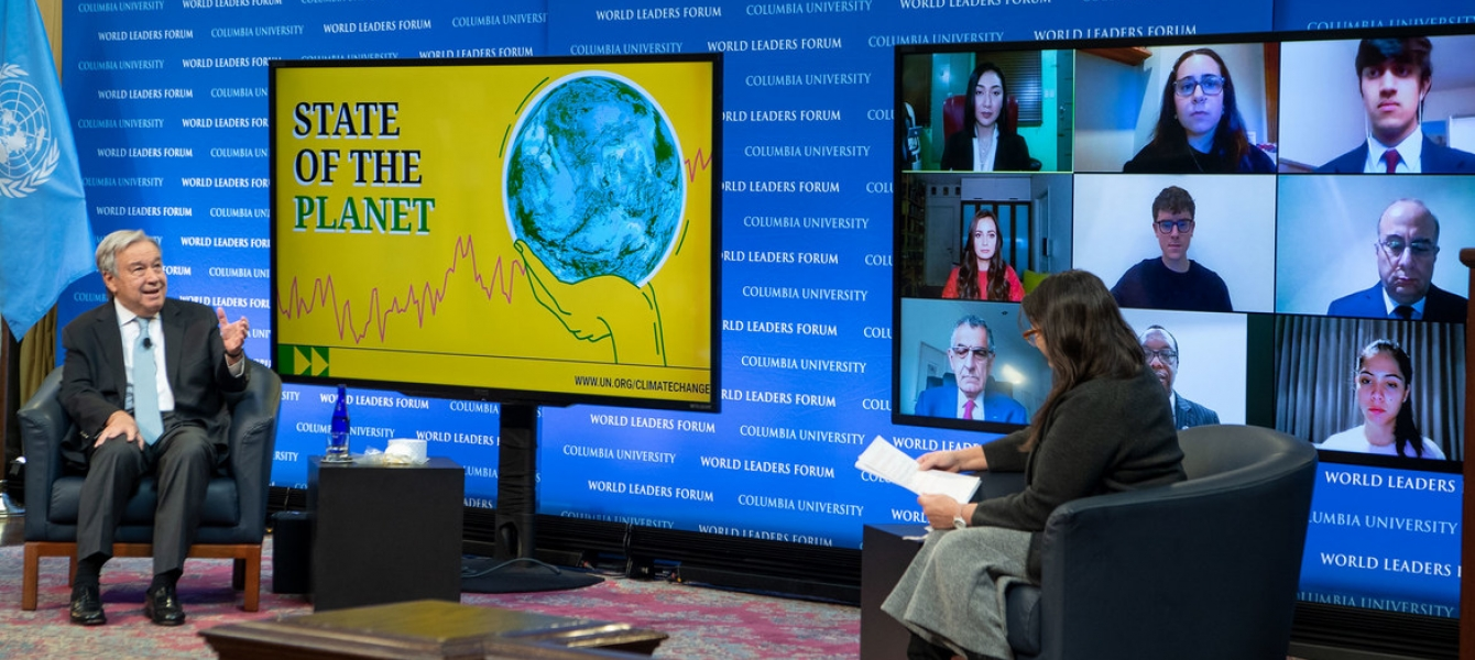 Secretary-General António Guterres (left) discusses the State of the Planet with Professor Maureen Raymo at Columbia University in New York City.
