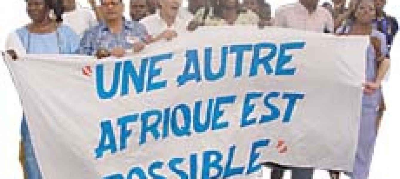 """Another Africa is possible,"""" declare African civil society groups gathered in Mali (see article """"Another Africa is possible""""). A strong desire for change is spurring new visions of Africa's political and economic future. Photo : ©Joan Baxter"""