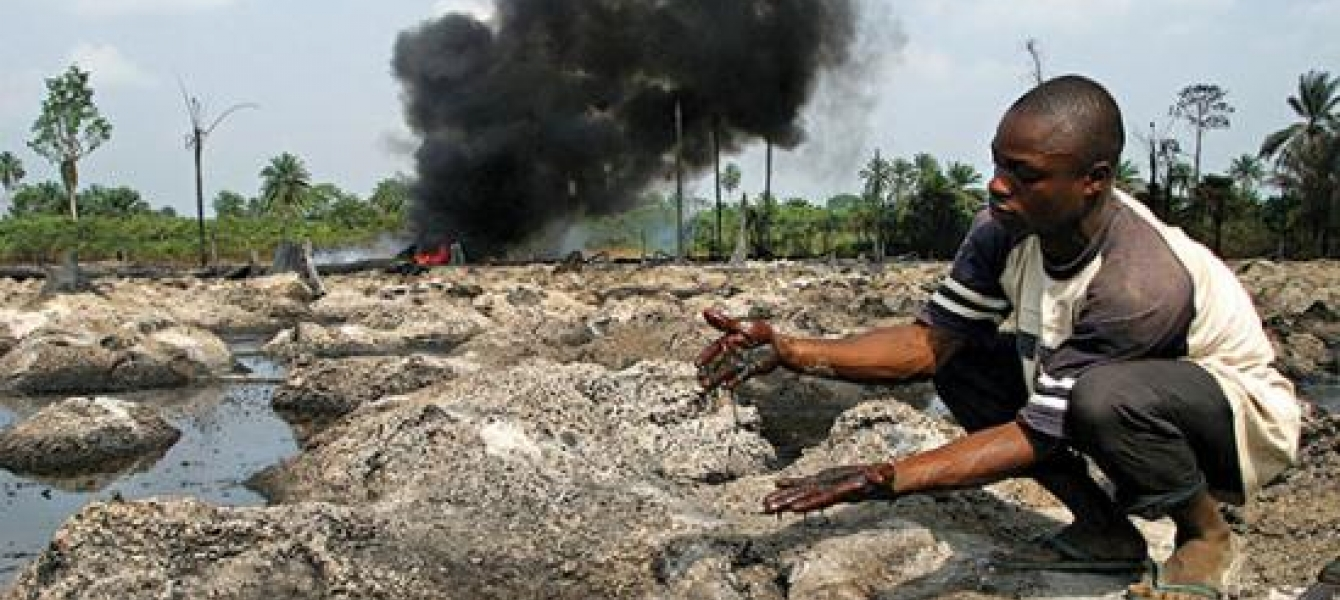 Slippery justice for victims of oil spills | Africa Renewal