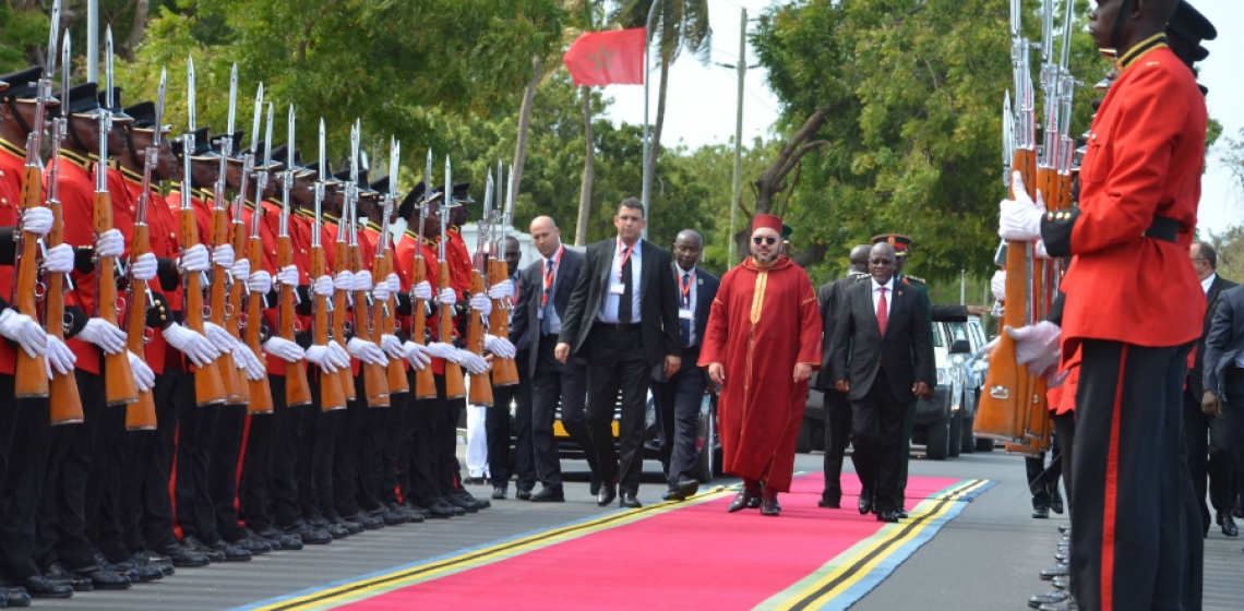 Moroccan King Mohammed VI is welcomed by President John Pombe Magufuli on a visit to Tanzania in October 2016. Photo credit: Presidency of Tanzania