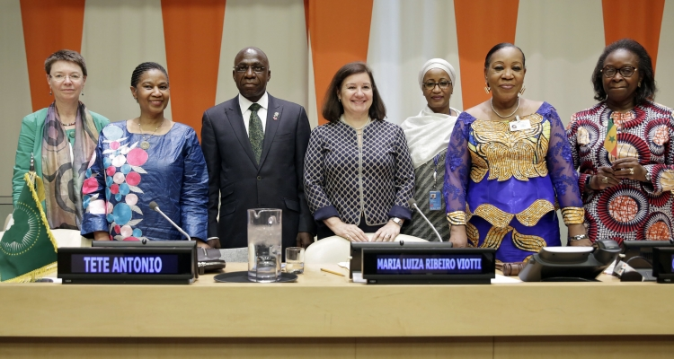 Bineta Diop (first from right) and Phumzile Mlambo-NgcukaGroup (second from left) at the launched of the African Women Leaders Network at the United Nations Headquarters in New York from 31 May to 2 June 2017.
