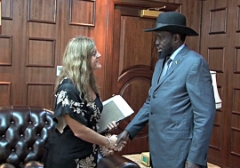 Hilde F. Johnson, Special Representative and head of the UN Mission in South Sudan, meets with President Salva Kiir. Photo: UNIFEED video still