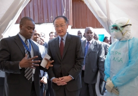World Bank Group President Jim Yong Kim (second left) touring the Kenyatta Hospital in Nairobi, Kenya and discussing preparations and readiness to deal with the Ebola outbreak. Photo: World Bank/Dominic Chavez