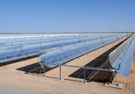 The world's largest solar power plant in Morocco will eventually provide 1.1 million people with electricity.  Photo: World Bank/Dana Smillie