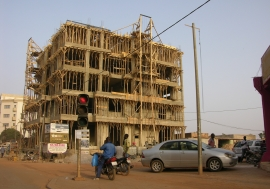 A building under construction in Ouagadougou. Photo: Ernest Harsch