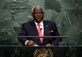 President Ernest Bai Koroma of Sierra Leone addresses the general debate of the General Assembly's seventieth session. UN Photo/Cia Pak