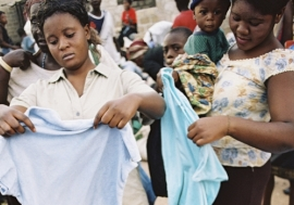 Used clothes market in Kitwe, Zambia. Photo: AfricaMediaOnline/ Paul Weinberg