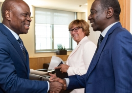 Chargé d'affaires, a.i. of the Embassy of the Republic of the Sudan meets the President of IFAD on the occasion of a Host Country Agreement signing