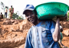 A worker at a mine in the Democratic Republic of Congo. With meaningful engagement, mining companies could become partners in achieving the SDGs. UNDP Photo
