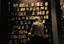 Image of the 1994 genocide against the Tutsi in Rwanda on display in the Johannesburg Holocaust ..