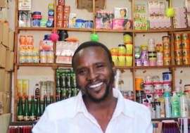 IOM helped Mohammad Ahmad to set up a shop in OMduram market, near Khartoum, Sudan.