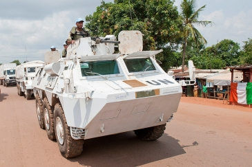 Peacekeepers serving with the UN Multidimensional Integrated Stabilization Mission in the Central African Republic (MINUSCA). UN Photo/Catianne Tijerina