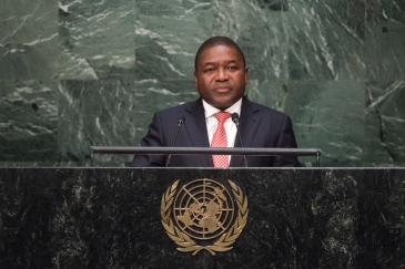 President Filipe Jacinto Nyusi of Mozambique, addresses the general debate of the General Assembly's seventieth session. UN Photo/Cia Pak