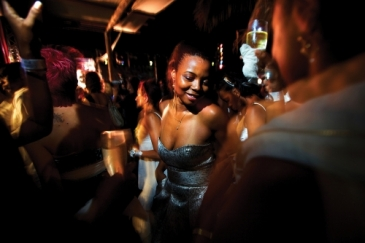 Angolans party in the Miami Beach Nightclub in Luanda. Photo: Panos/ Robin Hammond