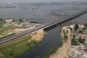 Henri Konan Bédié Bridge linking the north and south of Abidjan, Côte d'Ivoire. Photo: Bouygues Construction