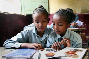 Children attend a class at the Deari elementary school in Eritrea. Photo: Panos/Giacomo Pirozzi