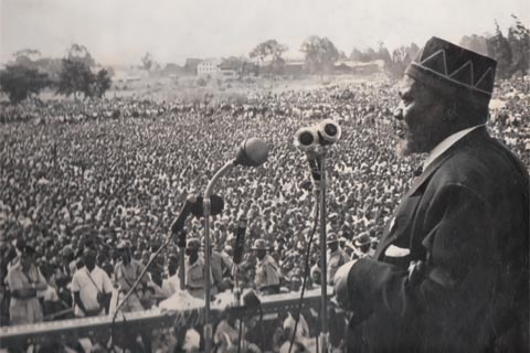 Kenyan President Jomo Kenyatta, addressing a mass rally in 1965