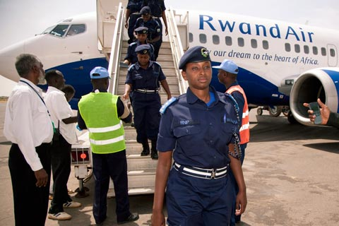 Female police officers from Rwanda arrive in Darfur, Sudan