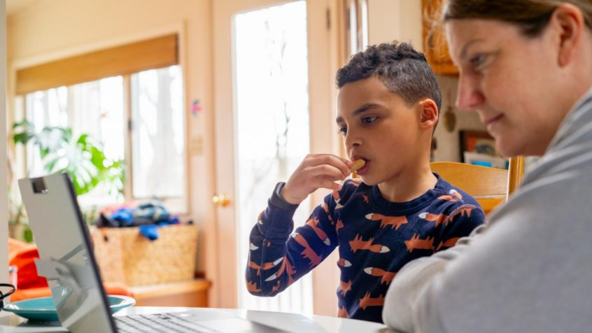 2021 International Day of Families: Families and New Technologies