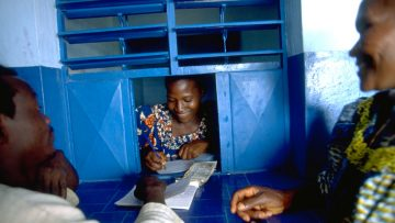 Remittances matter: 8 facts you don't know about the money migrants send back home