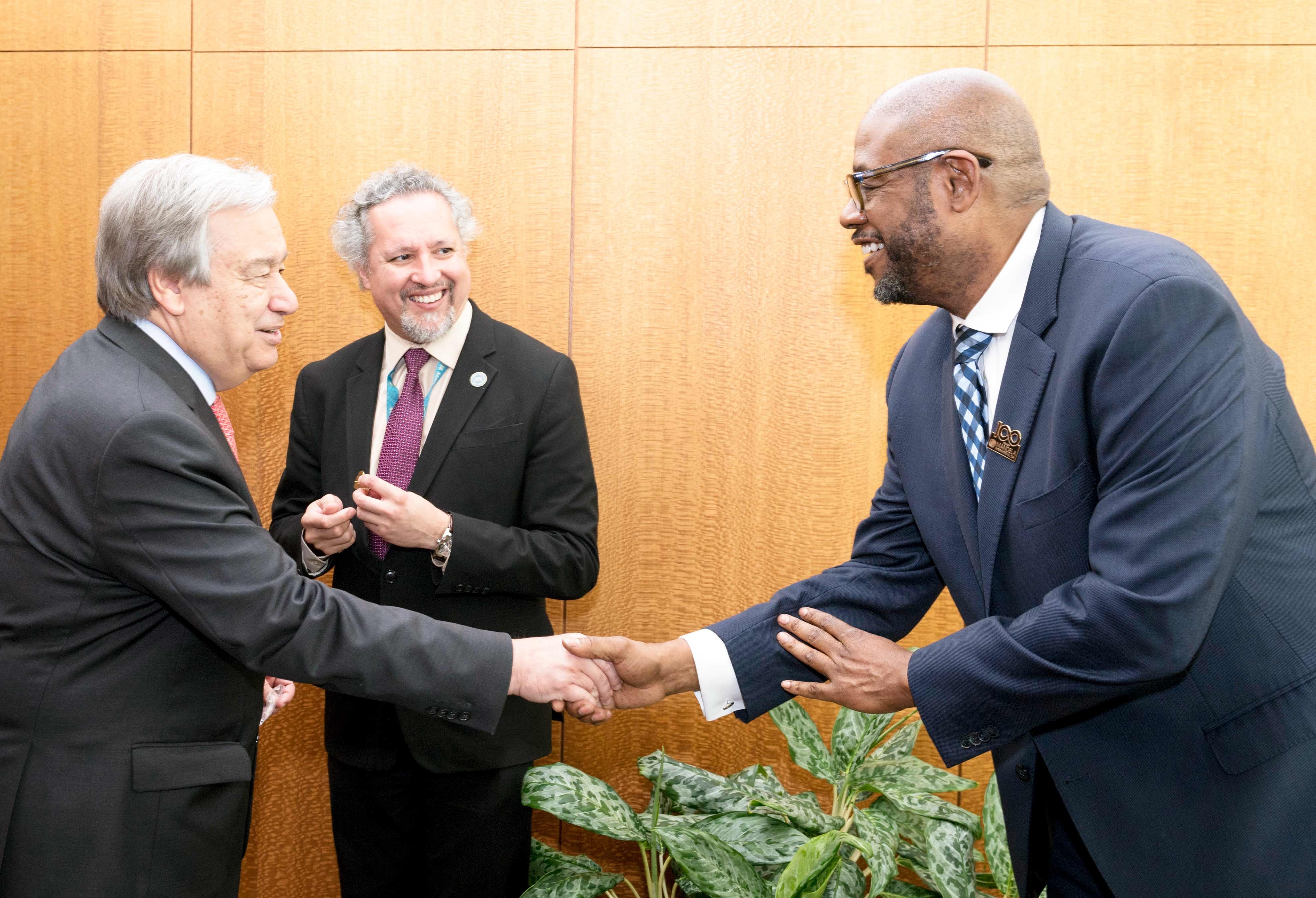 António Guterres et Forest Whitaker. © UN Photo/Rick Bajornas