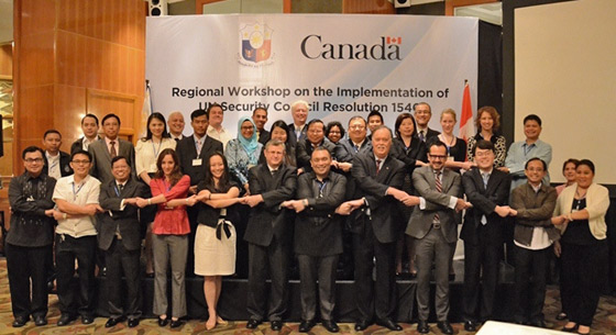 Photo of participants in the Regional Workshop on the Implementation of United Nations Security Council resolution 1540 (2004), Manila, Philippines, 24-25 July 2014.