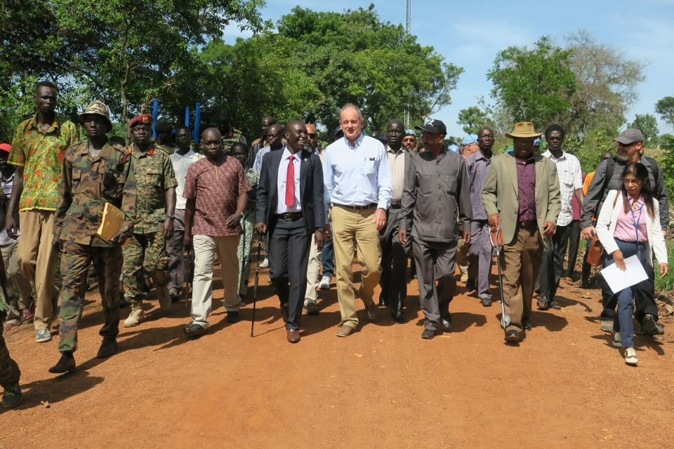 The SRSG in South Sudan David Shearer leads a team to push for peace in Yei.  Photo by UN/UNMISS