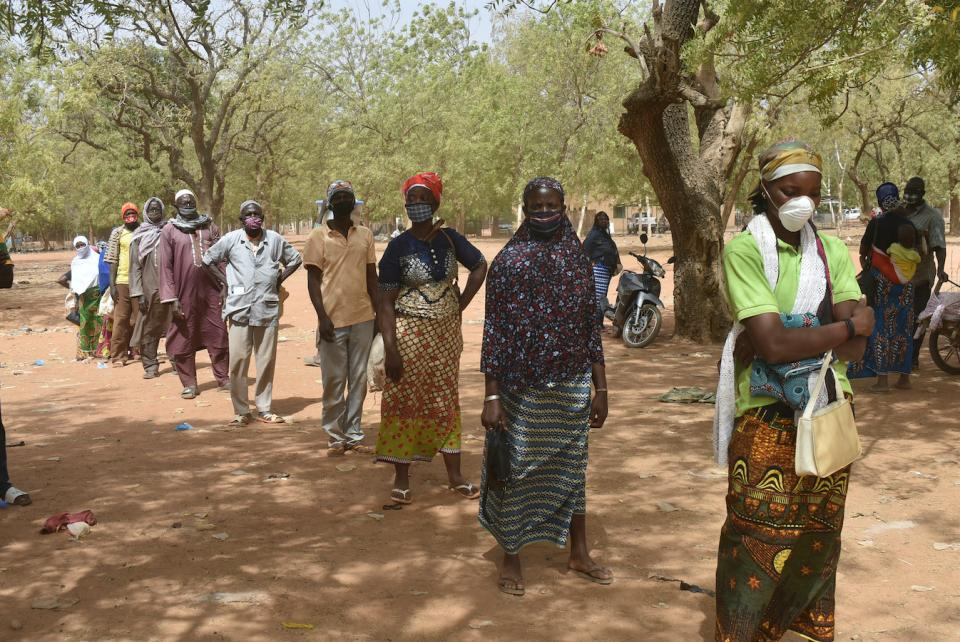 Providing food assistance to most vulnerable communities during the COVID-19 pandemic in Kaya, Burkina Faso