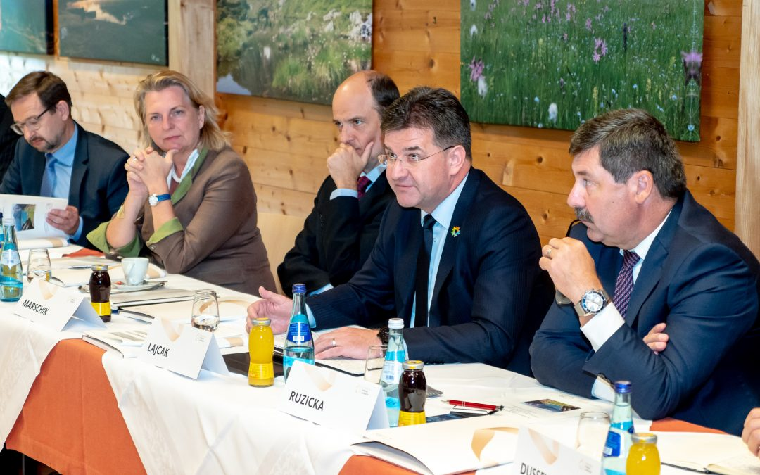 PRESS RELEASE: President calls for new dialogue on human rights and strong international system at European Forum Alpbach 2018