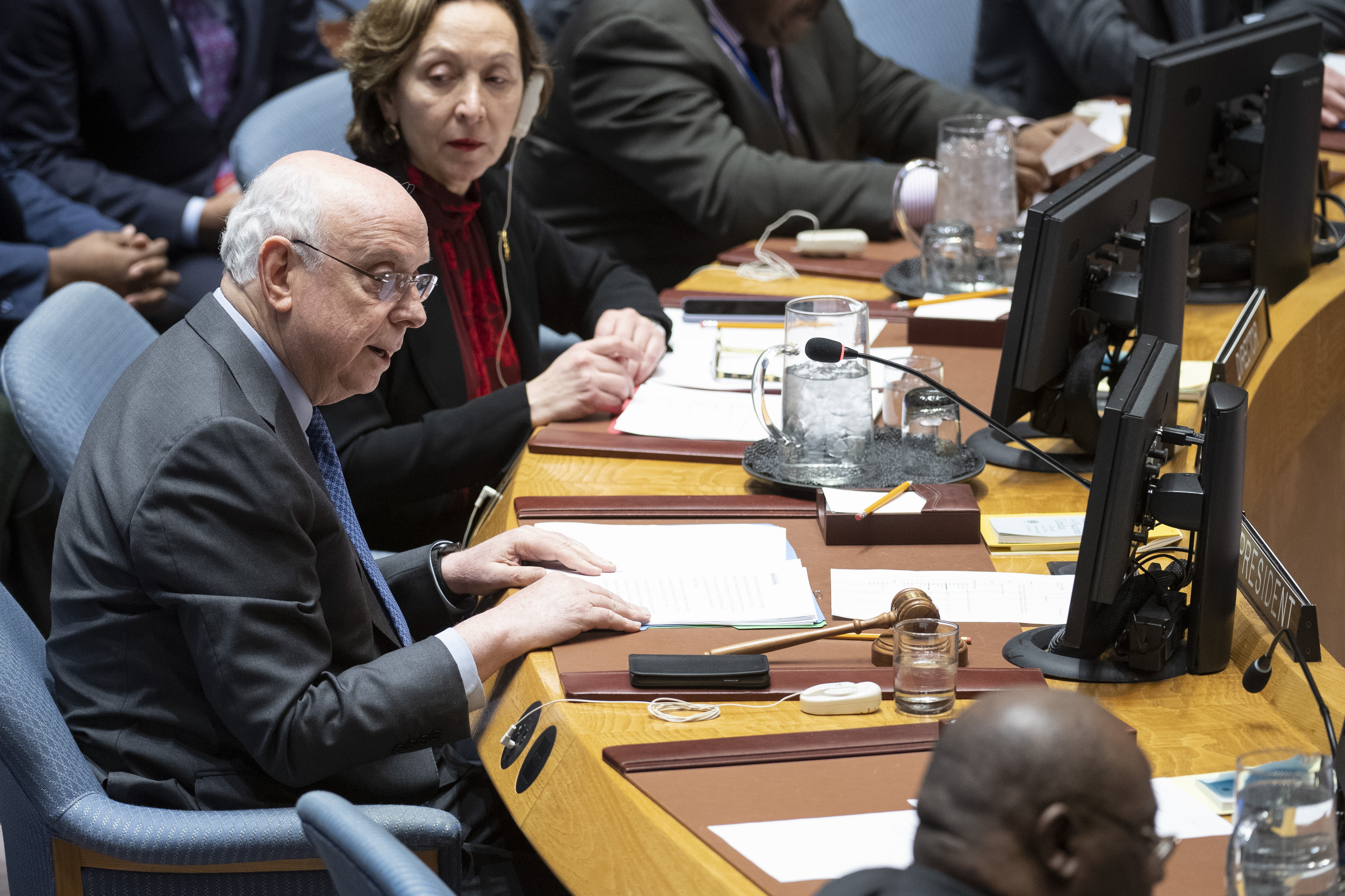 José Singer, Special Envoy of the Dominican Republic to the United Nations and President of the Security Council for the month of January, chairs the Security Council meeting on the situation in the Middle East, including the Palestinian question.