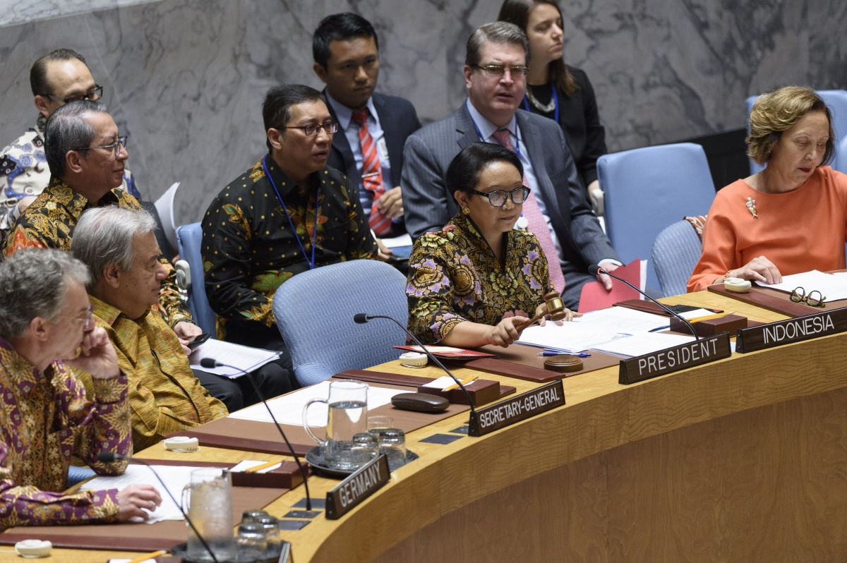 "Retno Lestari Priansari Marsudi, Minister for Foreign Affairs (Indonesia)/Security Council President (May) chairs SC meeting on UN PKOs: Investing in peace: Improving safety and performance of UN peacekeepers"" UN Photo/Loey Felipe"