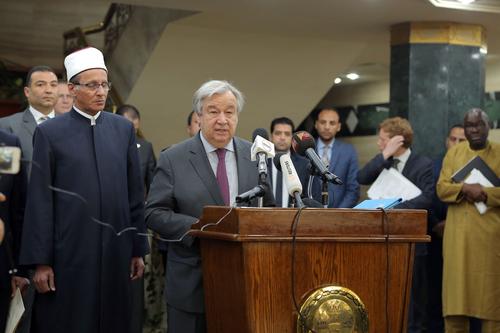 Secretary-General António Guterres speaks at the Al Azhar Mosque in Cairo where he expressed his solidarity and underscored the need to fight the scourge of Islamophobia, as well as all forms of hatred and bigotry. UN Photo/Mahmoud Abd ELLatiff