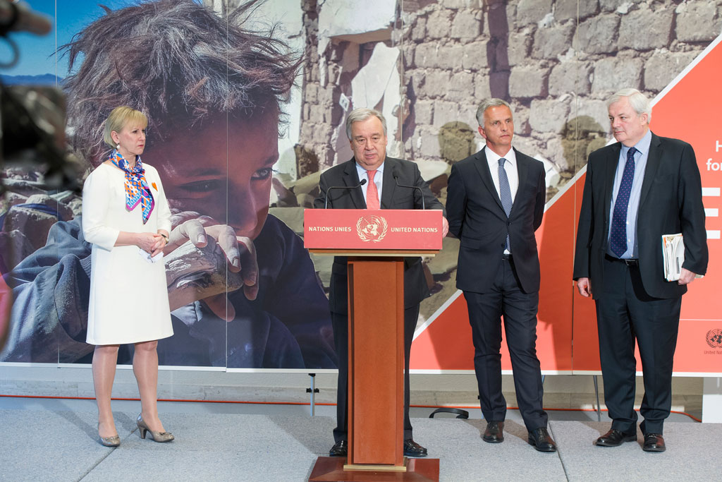 Secretary-General António Guterres (at podium) is joined by from left: Foreign Ministers Margot Wallström of Sweden and Didier Burkhalter of Switzerland, and OCHA's Stephen O'Brien at a press briefing in Geneva following the Yemen pledging event. Photo: OCHA/Violaine Martin