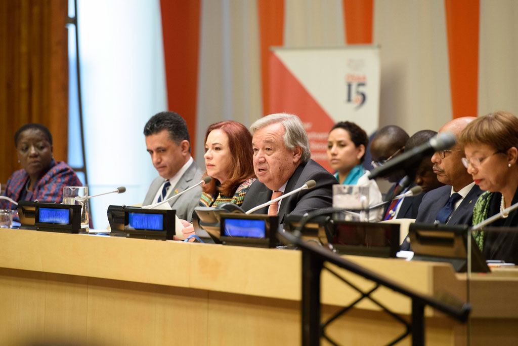 "Secretary-General António Guterres (fourth from left) addresses the Africa Dialogue Series 2018 on ""A Stronger AU-UN Partnership for Peace, Security and Development in Africa"". UN Photo/Loey Felipe"