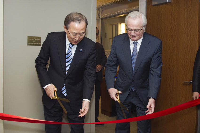 Secretary-General Ban Ki-moon and Russian Ambassador Vitaly Churkin, cut the ribbon at the inauguration of the newly renovated Security Council Consultations Room. UN Photo/R. Bajornas