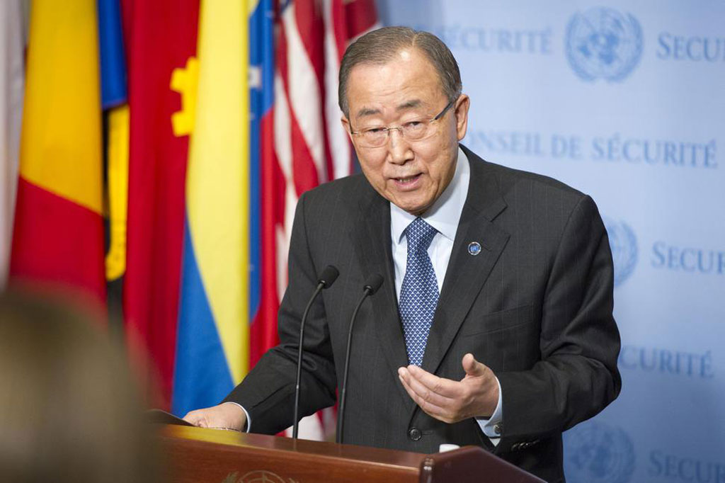 Secretary-General Ban Ki-moon speaks to the medie at UN Headquarters on his return from the climate change conference in Paris known as COP21. UN Photo/Rick Bajornas