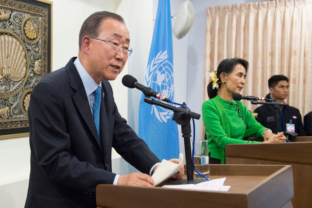 Secretary-General Ban Ki-moon and Myanmar's State Counsellor and Minister of Foreign Affairs, Daw Aung San Suu Kyi address the media at a joint press briefing. UN Photo/Eskinder Debebe