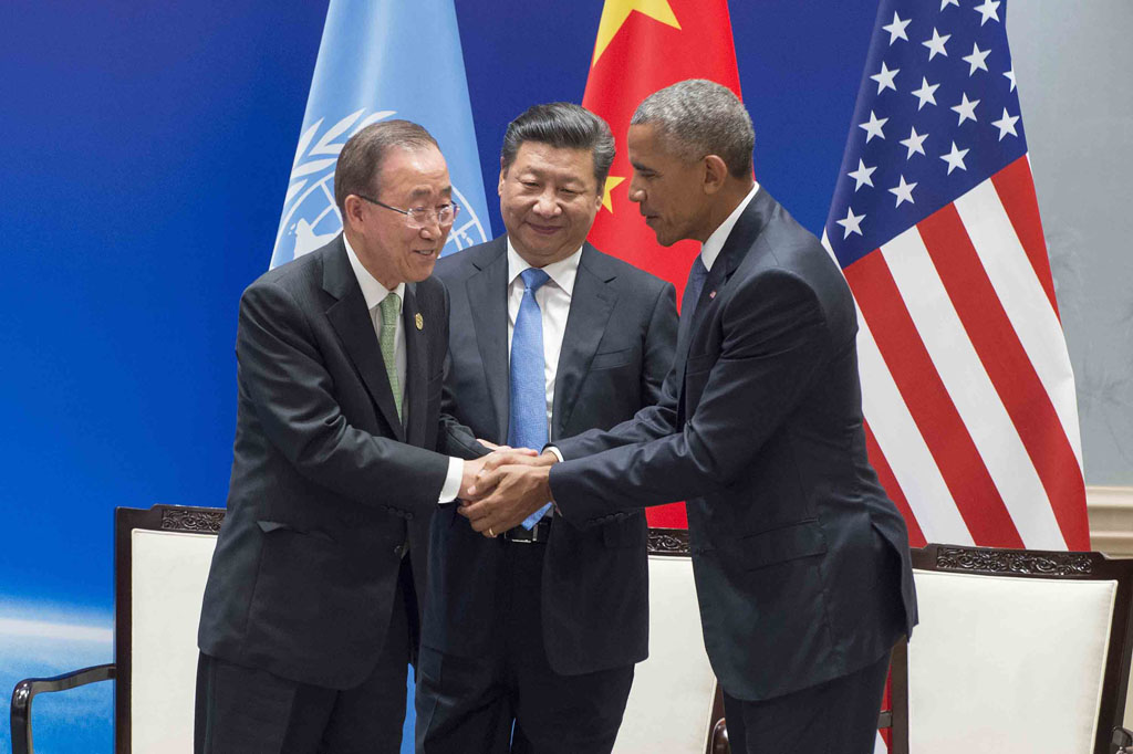 Secretary-General Ban Ki-moon (left) shakes hands with China's President Xi Jinping and US President Barack Obama at a climate pact ratification ceremony in Hangzhou, China, depositing their legal instruments for formally joining the Paris Agreement. UN Photo/Eskinder