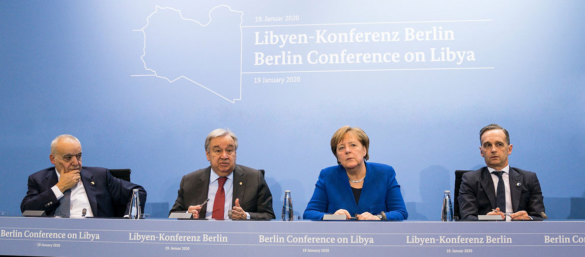 Secretary-General António Guterres (2nd left) and German Chancellor Angela Merkel (2nd right), brief journalists at a press conference in Berlin following the conference on Libya. Photo: UN