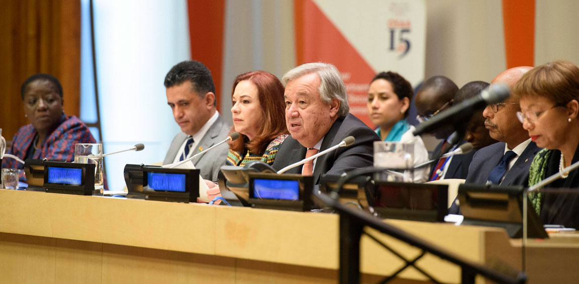 """Secretary-General António Guterres (fourth from left) addresses the Africa Dialogue Series 2018 on """"A Stronger AU-UN Partnership for Peace, Security and Development in Africa"""". UN Photo/Loey Felipe"""