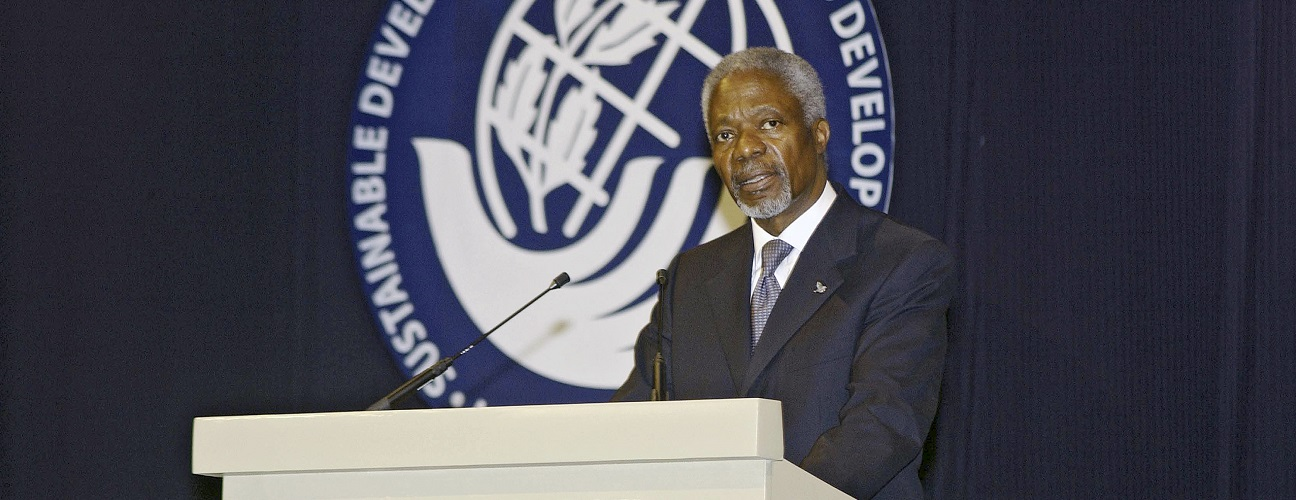 Secretary-General Kofi Annan delivers his statement at the opening of the high-level general debate in Port Louis, Mauritius. UN Photo