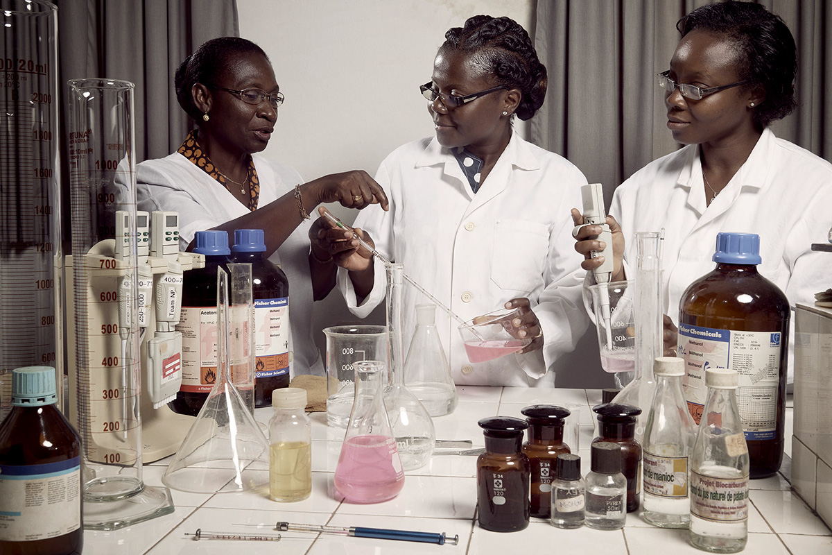 Women in lab coats in a lab