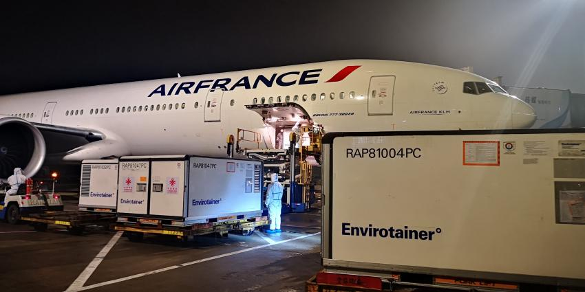 An Air France plane transports medical supplies to Djibouti as part of UNICEF's Humanitarian Airfreight Initiative. Photo courtesy Air France KLM Martinair Cargo